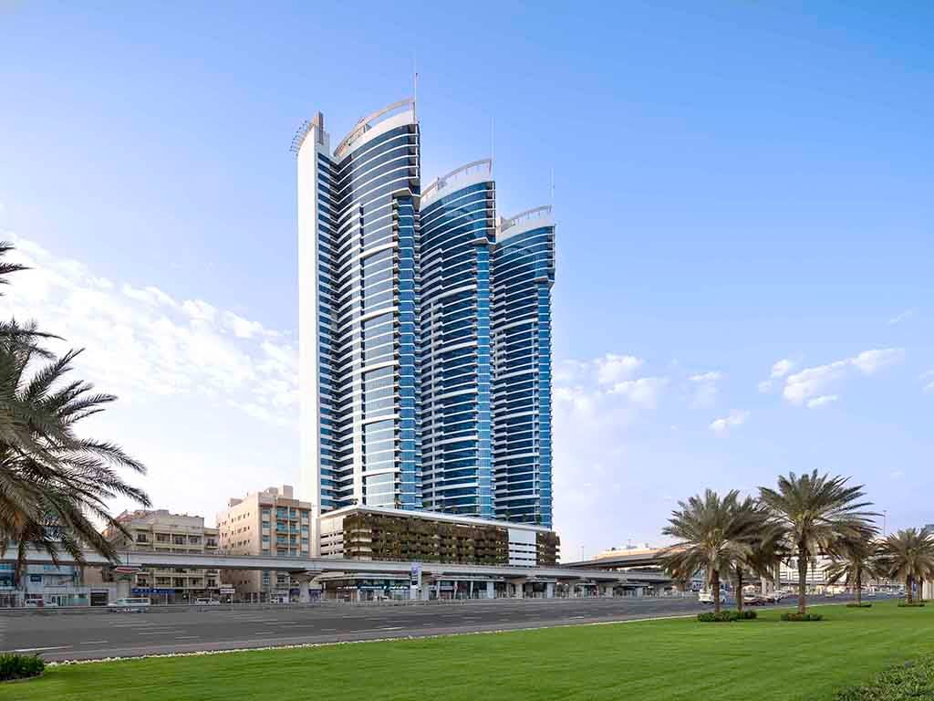 cratus business center located in 48 burj gate